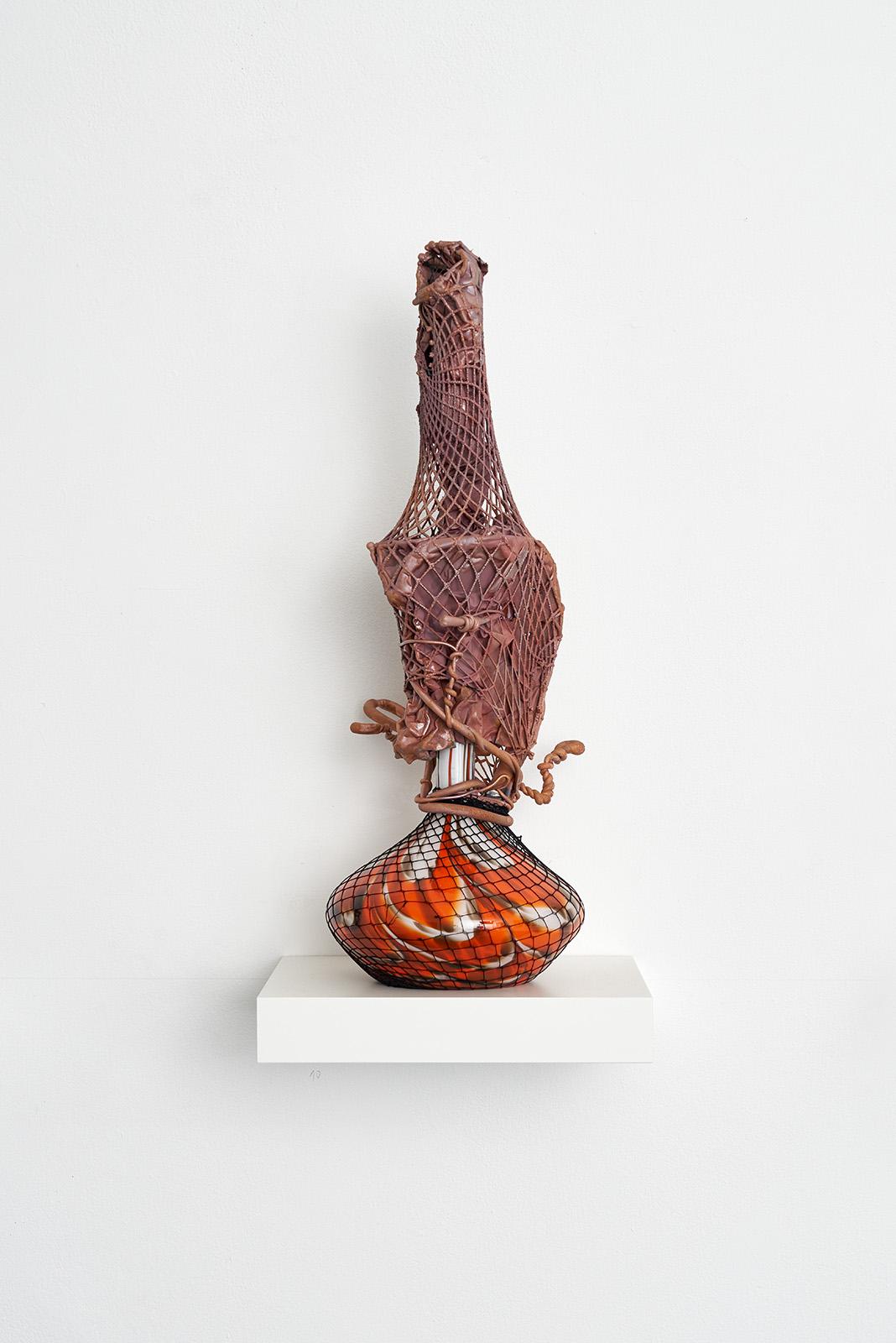 Foto-12-Vase-2-2021-Glas-Nylon-Kupfer-60-x-25-x-25-cm